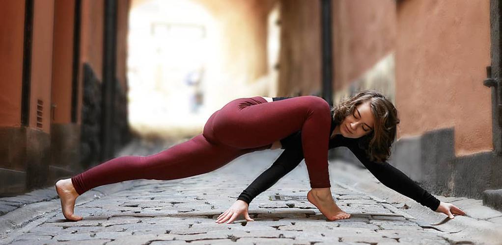 4 упражнения гормональной йоги для алхимии тела и ума