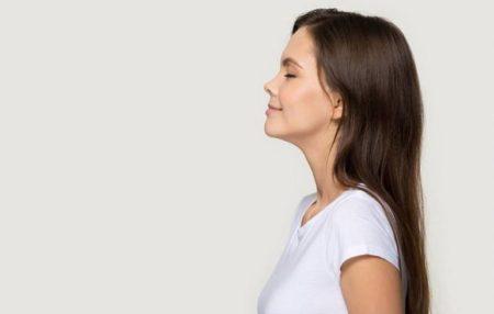 Проблемы с гормонами? Нет, это в вашей жизни что-то идет не так.   Прибавка в весе или резкое похудение, трудное засыпание по ночам или сонливость в разгар рабочего дня, хроническая усталость, предменструальный синдром, сильные приливы – все это признаки того, что наши гормоны не сбалансированы. Одних слишком много, других – мало, и ведут они себя как попало.