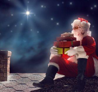 Все мы ждем новогоднюю ночь. И, конечно, любимого Деда Мороза. Мы пишем ему письма, загадываем желания, и не ложимся спать, пока под елкой не появятся, наконец, подарки.